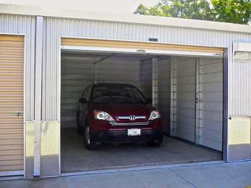 Storage unit For vehicles and boats